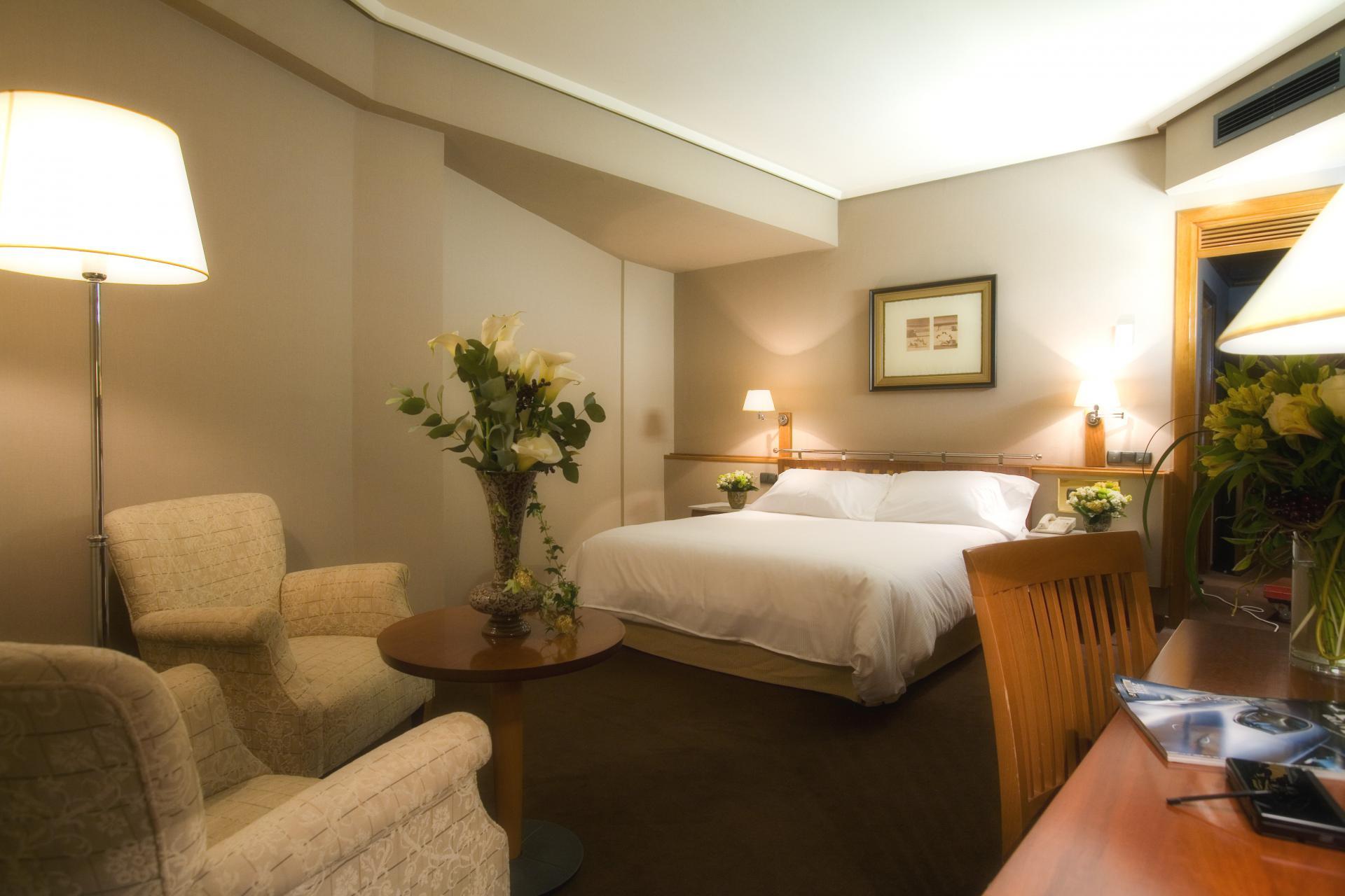 Chambres hotel palafox hotel palafox for Hotel habitacion familiar zaragoza