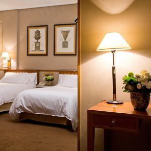 Hotel Palafox Zaragoza Rooms