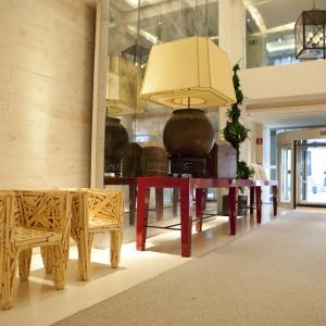 Hotel Alfonso Zaragoza: Entrada