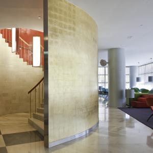 Hotel Reina Petronila Zaragoza: Hall vista 2