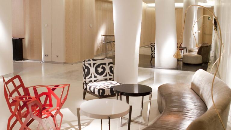 Hotel Alfonso Zaragoza: Lobby vista 2