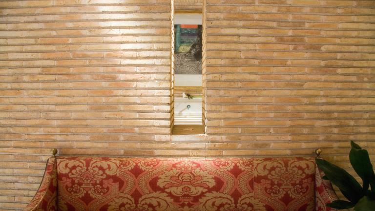 Hotel Palafox Zaragoza capital: Sofá