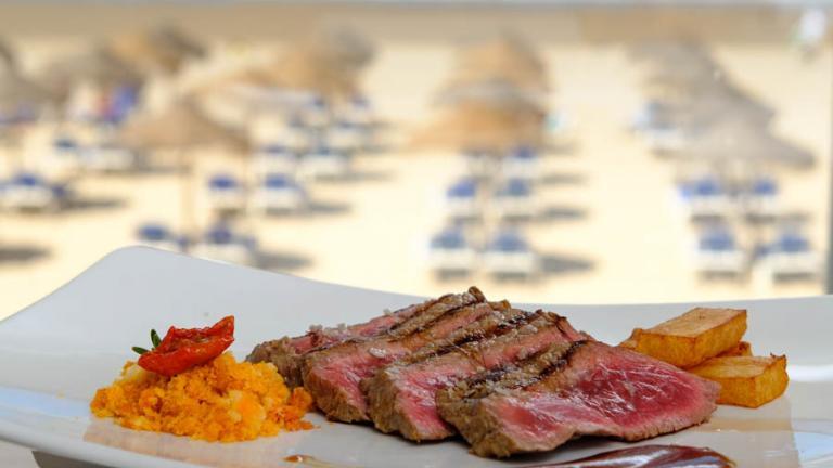 Isla de León Restaurant  - Neptuno Bar