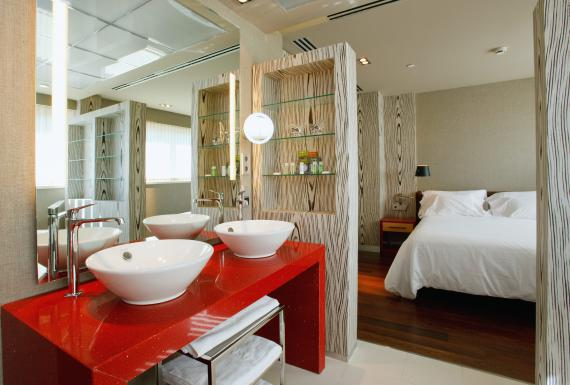 Suites Hotel Alfonso Zaragoza